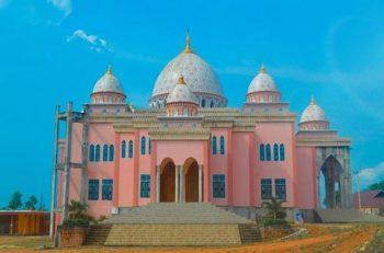 Masjid Raya An Nur Pink Bintan